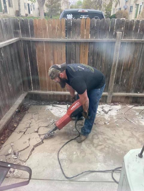Nick scava cemento