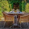 mangiare fuori al balcone o al giardino