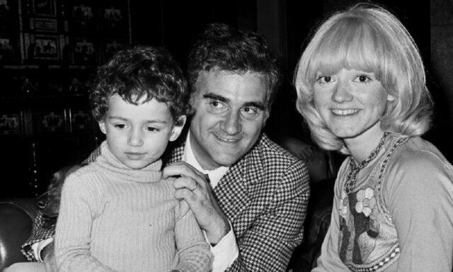 Teddy Reno, la moglie e il figlio