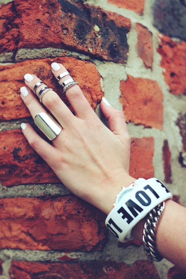 unghie-ovali-come-fare