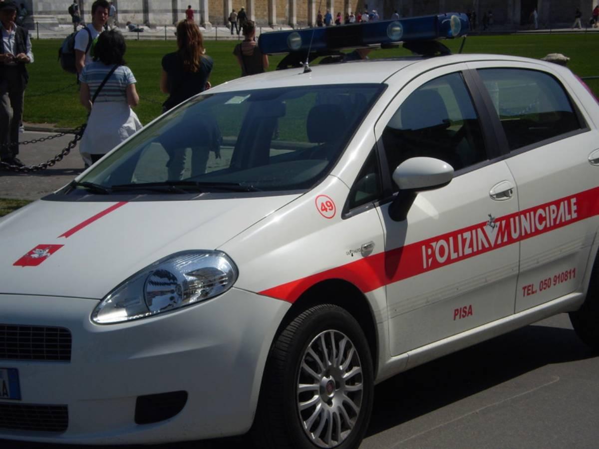 Polizia Municipale macchina