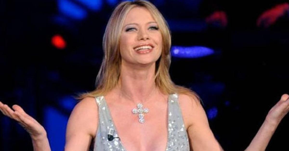 Anna Falchi torna in TV ma ha un rimpianto