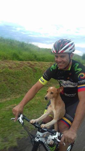 Eduardo Reis e il suo cucciolo
