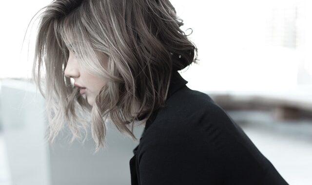 Clavicut, il taglio di capelli alla clavicola: a chi sta bene e quando farlo