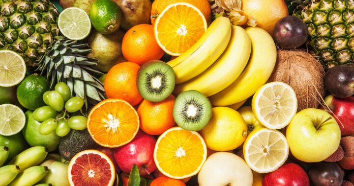 Quale frutta di stagione mangiare mese per mese?