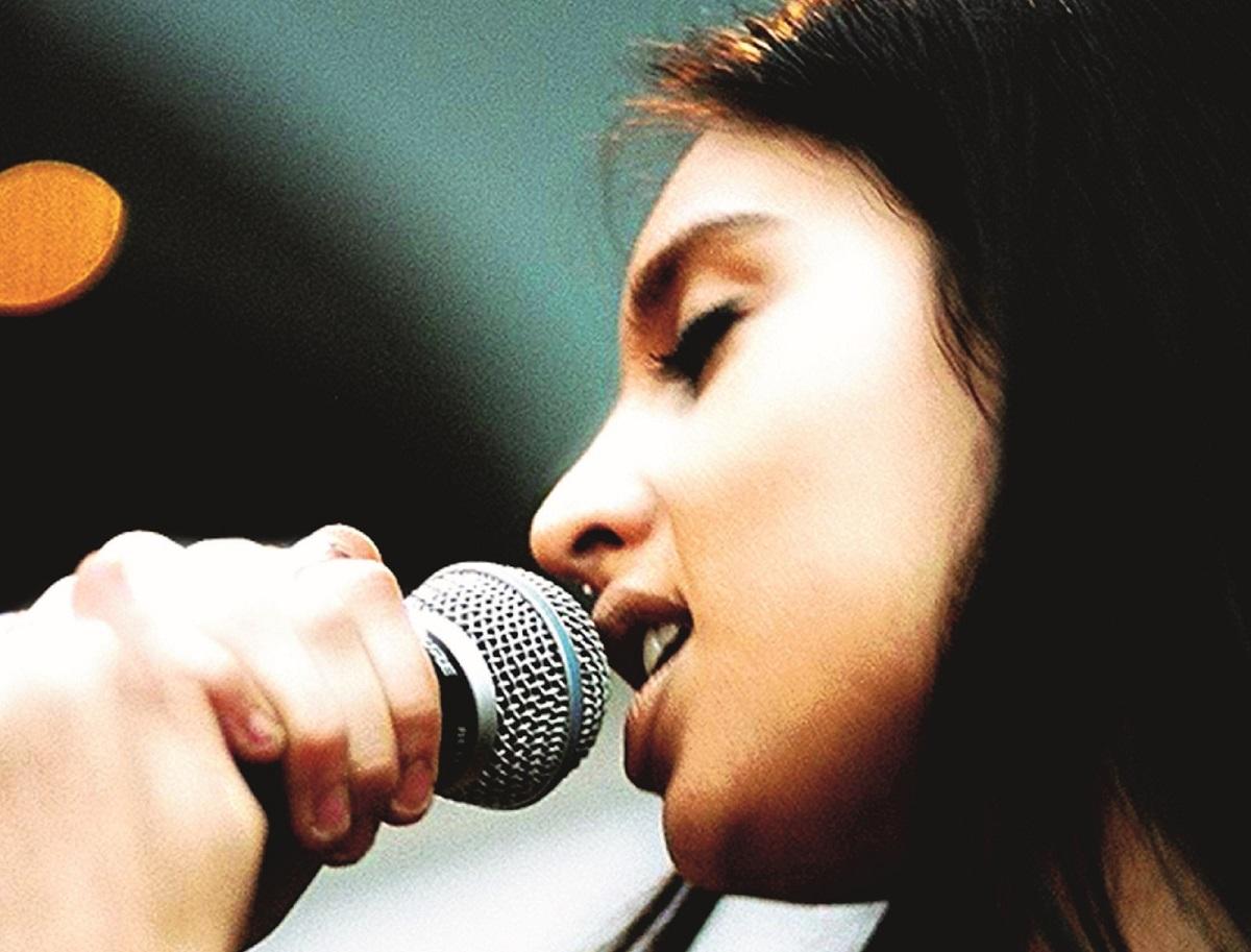 La cantante Luna Grillo