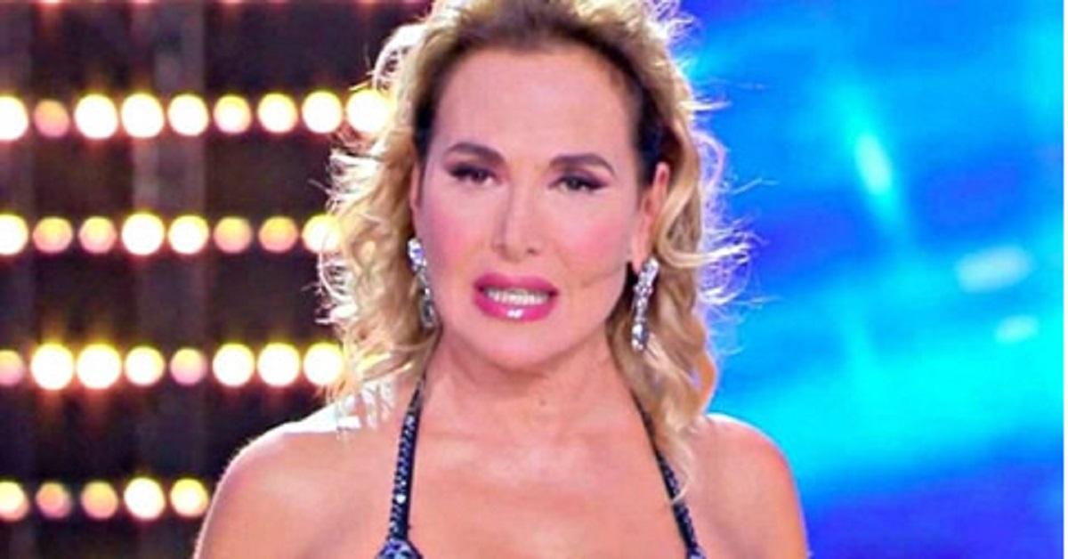 Naike Rivelli contro Barbara D'Urso