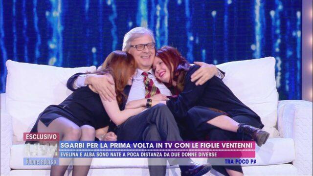 Vittorio sgarbi con le figlie