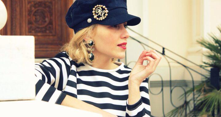 Outfit navy: dritte di stile per essere sulla cresta dell'onda