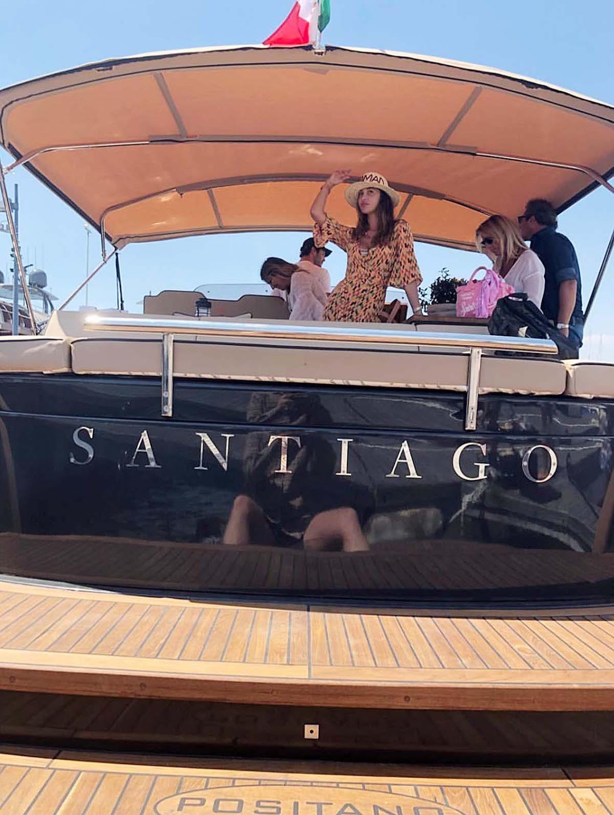 Belen sulla barca Santiago