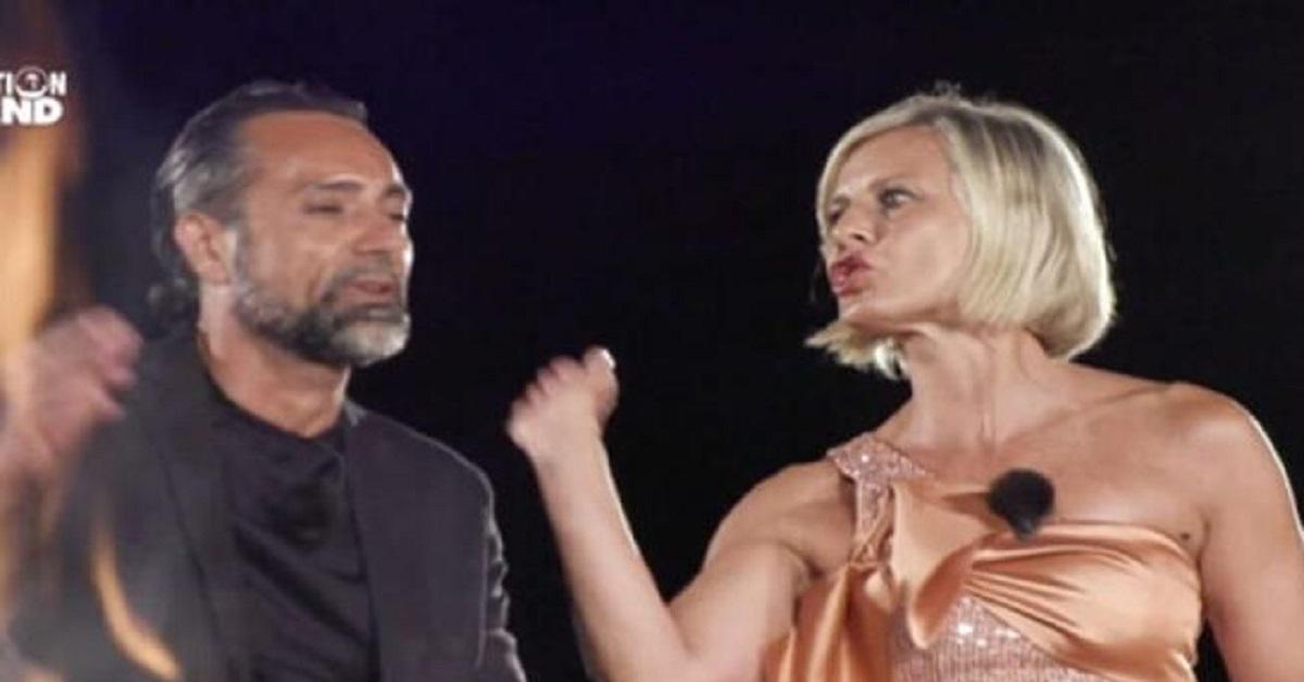 Zequila contro Antonella Elia e Pietro Delle Piane