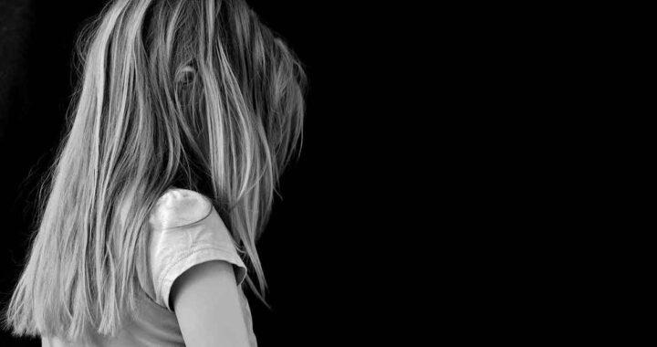 Bambina di 3 anni morta in auto