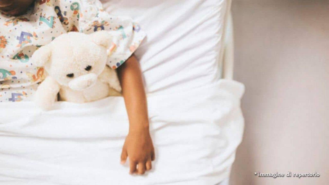 bambina pale ventilatore