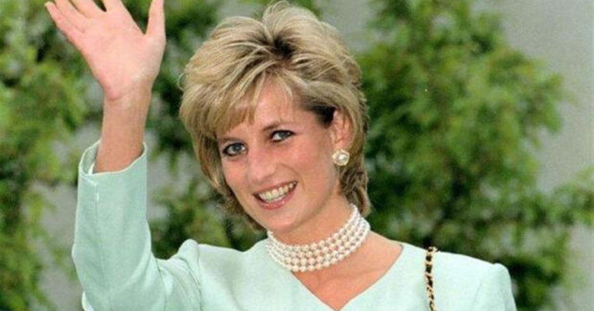 Lady Diana saluto