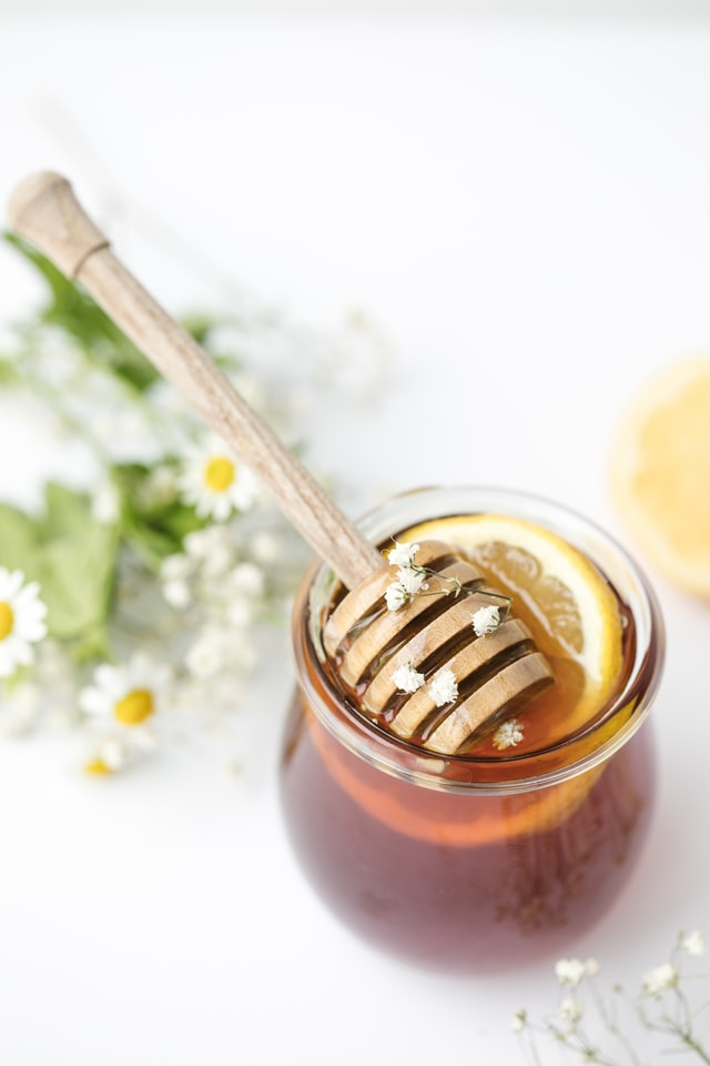 miele-tinta sopracciglia