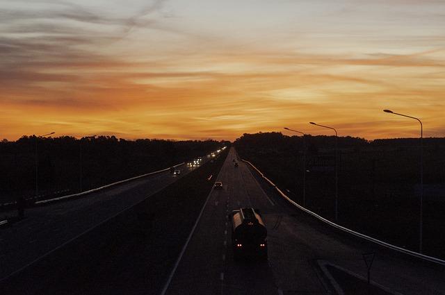 Moto in viaggio sulla strada