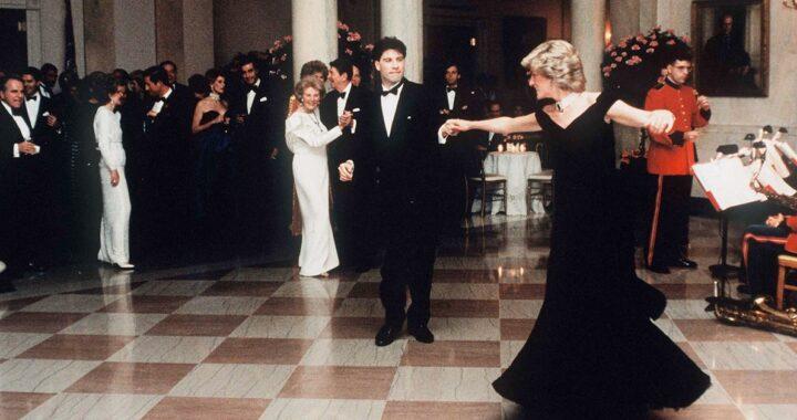 Lady Diana con l'abito iconico