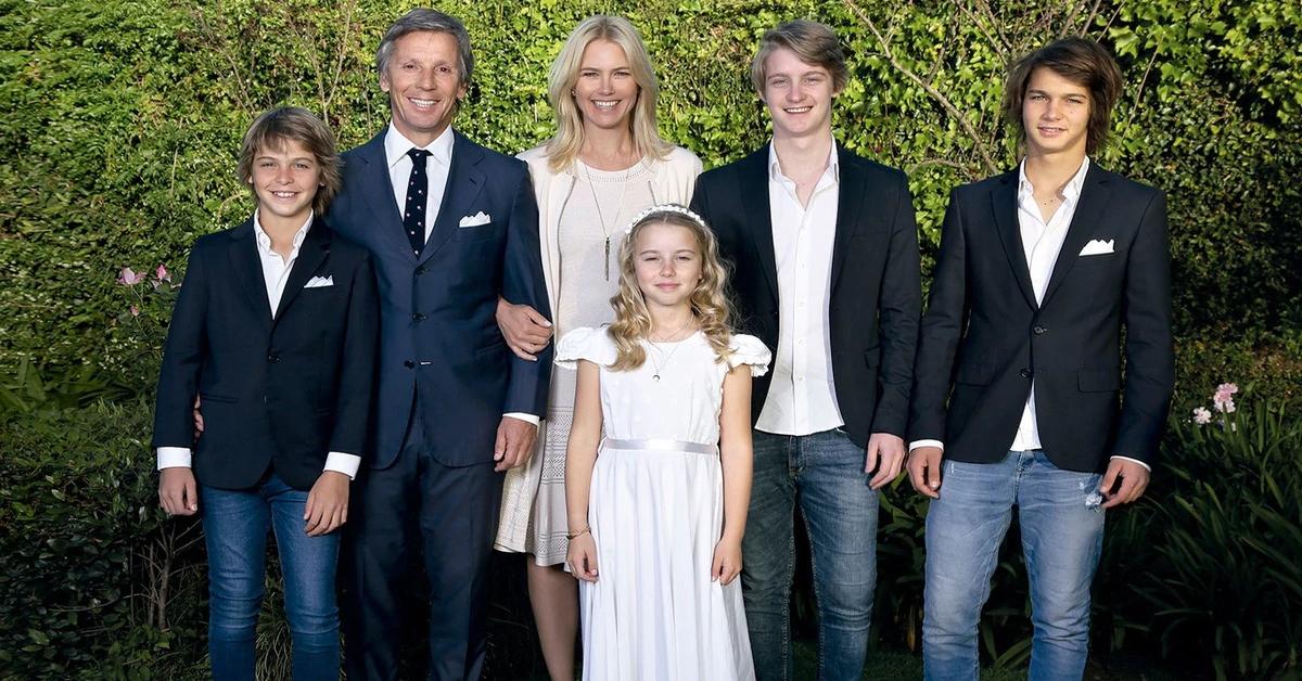 Valeria Mazza e la sua famiglia in posa