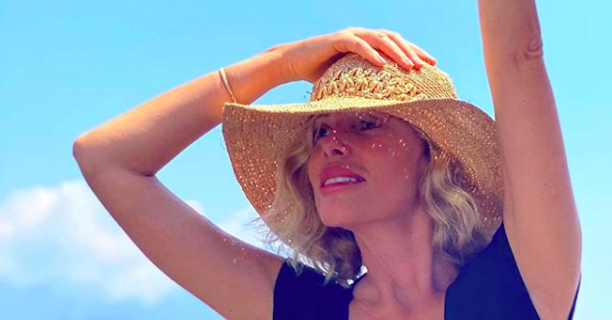Foto di Alessia Marcuzzi con cappello