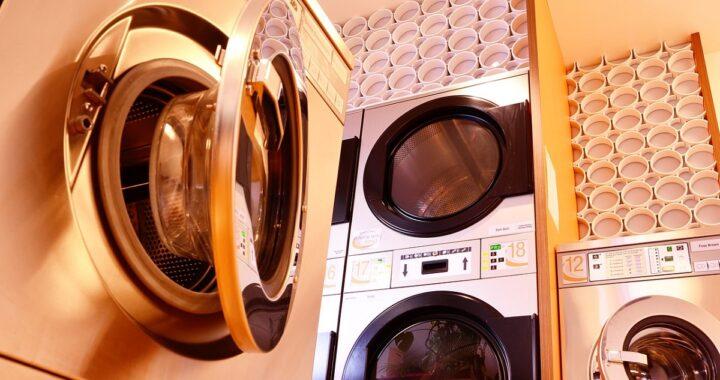 Come pulire l'asciugatrice: trucchi facili per farla brillare