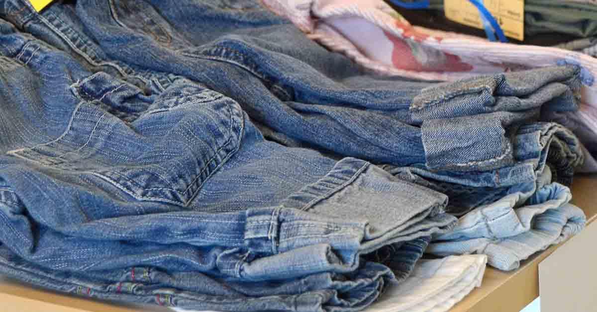 Abbigliamento usato da riciclare