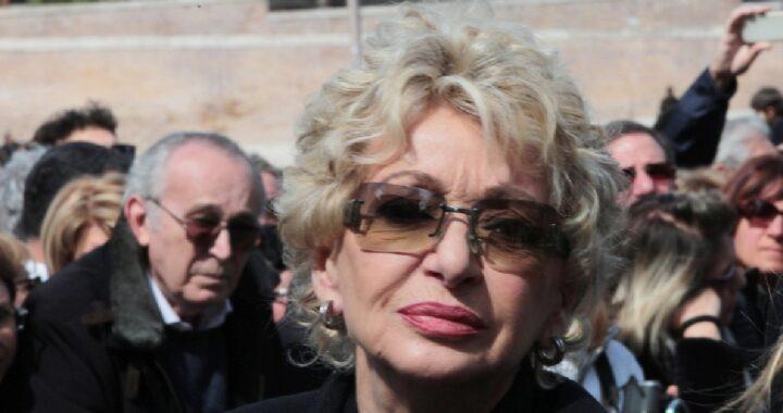 Enrica Bonaccorti confessa la sua malattia