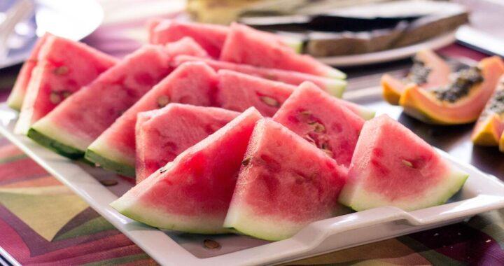 Frutta di stagione d'agosto: tutta quella che ci delizierà durante il mese