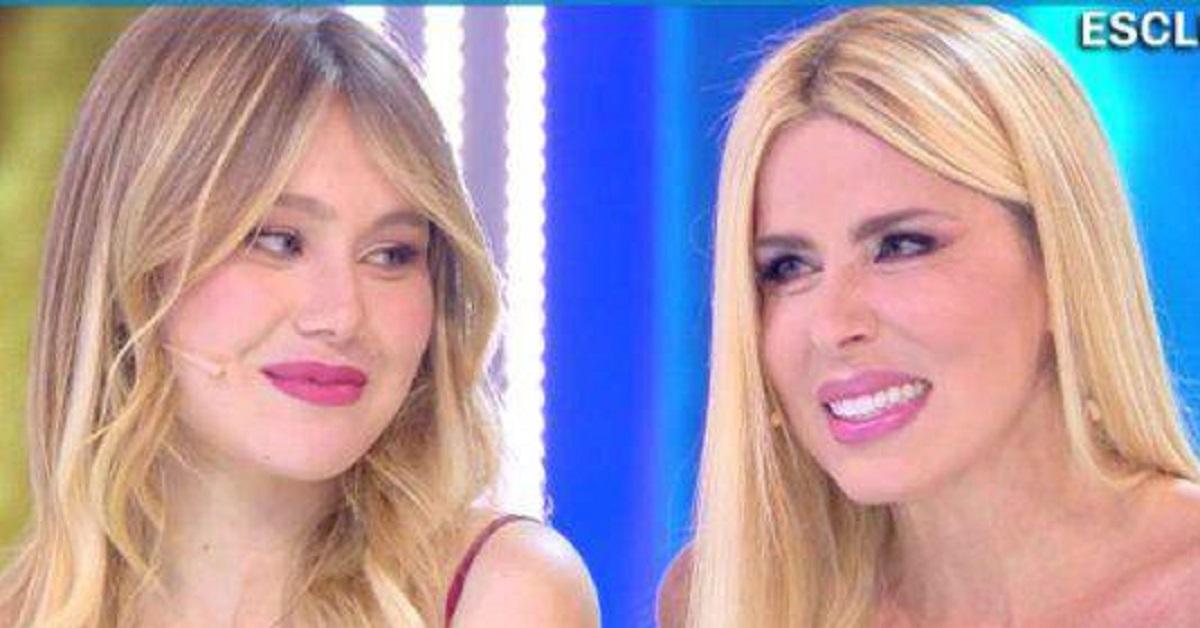Loredana Lecciso fa un passo indietro per sua figlia Jasmine