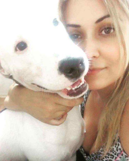 Diana Camarasa Delgado e Bully