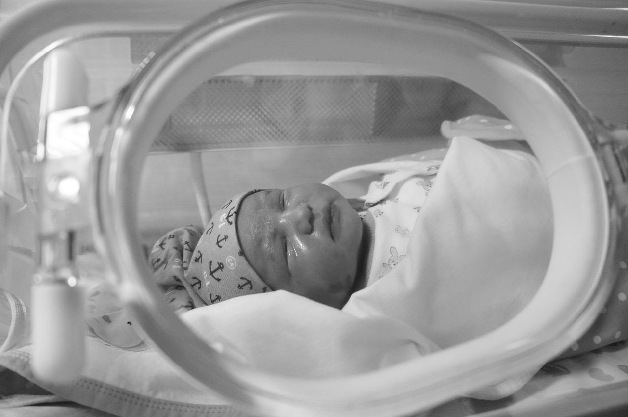 Neonato ricoverato in ospedale