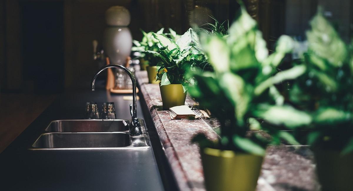 come pulire un rubinetto