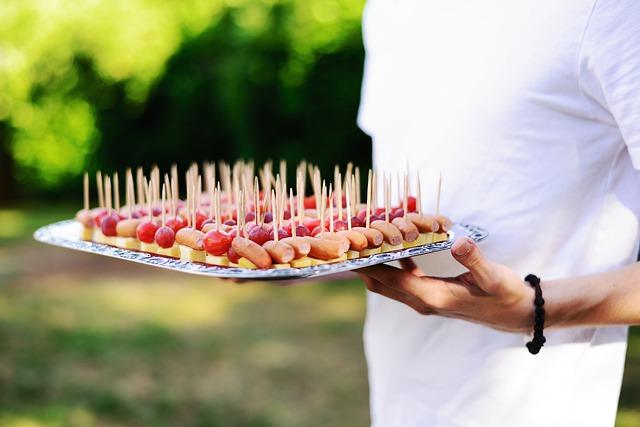 finger food serviti
