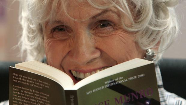 Perché ogni donna dovrebbe leggere i libri di Alice Munro