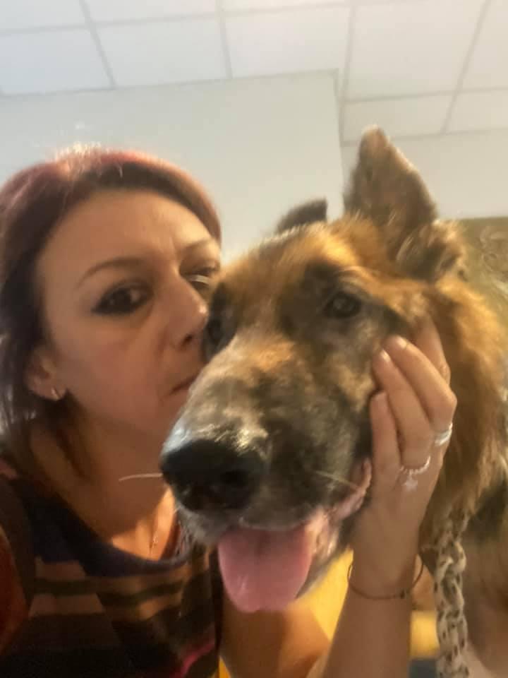 Ilenia Rimi salva un cucciolo a Palermo