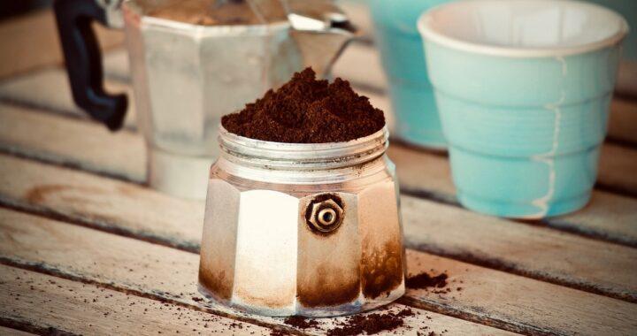 Come pulire la moka: i trucchi essenziali e come procedere passo per passo