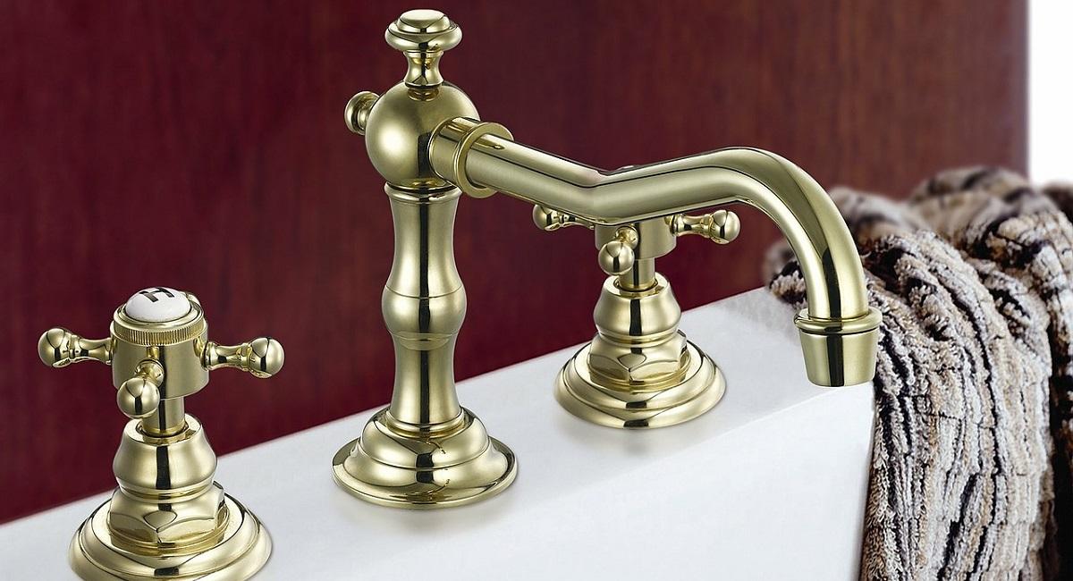 pulire un rubinetto