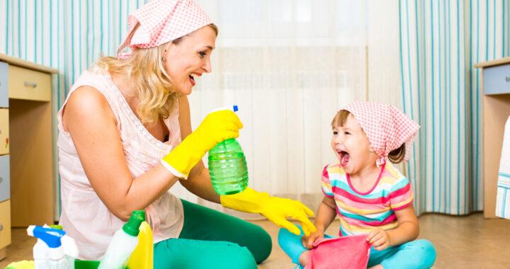 Insegnare ai bambini le faccende domestiche