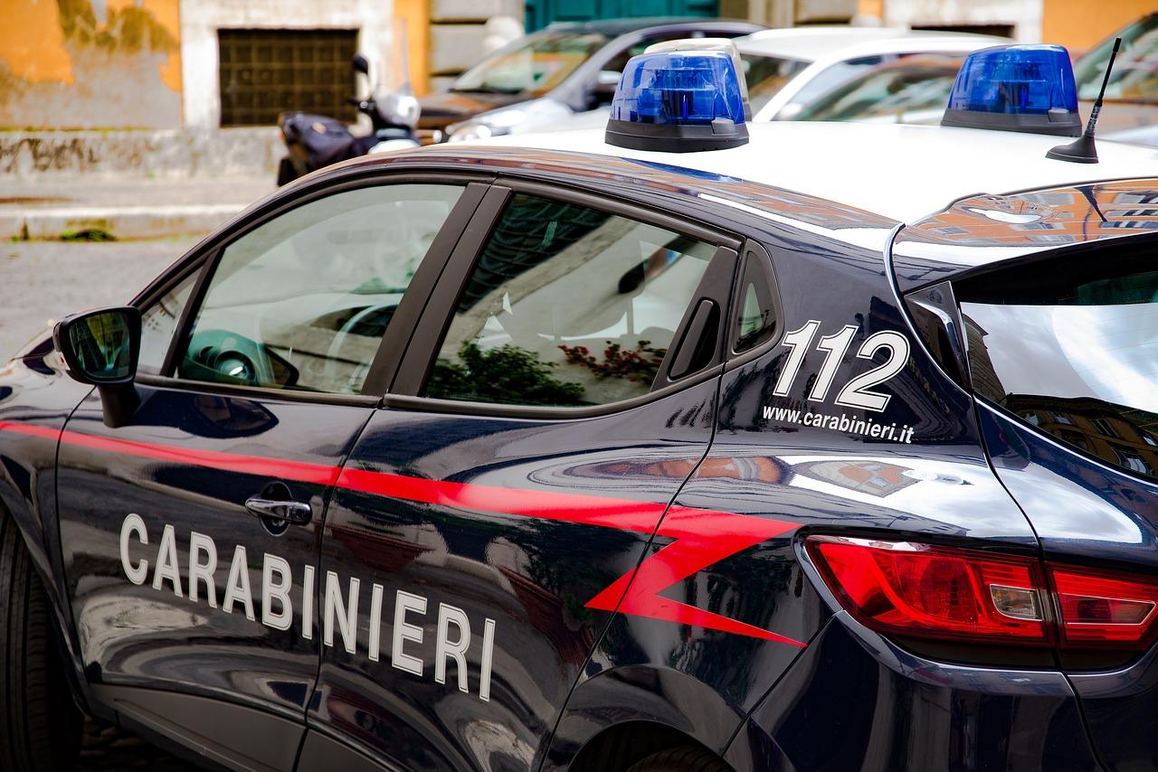 Carabinieri salvano il ragazzino