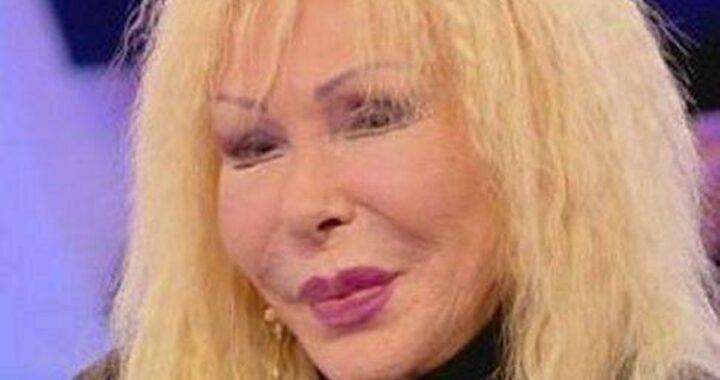 Wanda Fisher con Daniele Pompili: strusciate hot e  baci calorosi