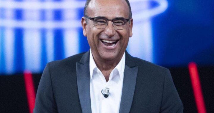 Carlo Conti che ride