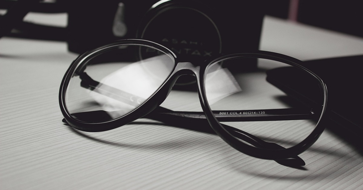 Come pulire gli occhiali
