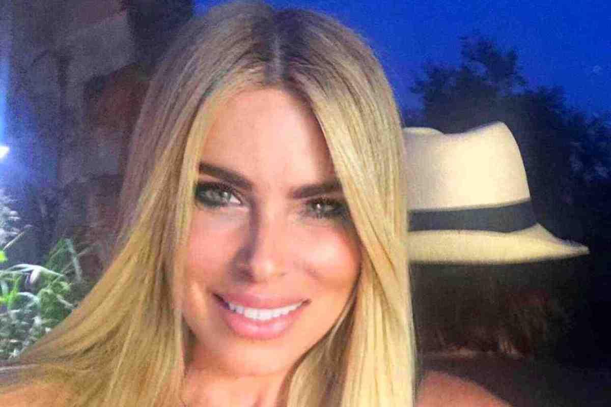 Loredana Lecciso sorridente