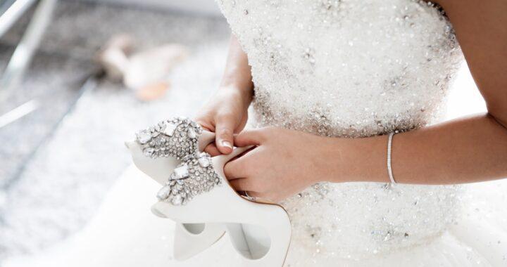 Abiti da sposa 2021: tutte le tendenze del prossimo anno, chic e romantiche