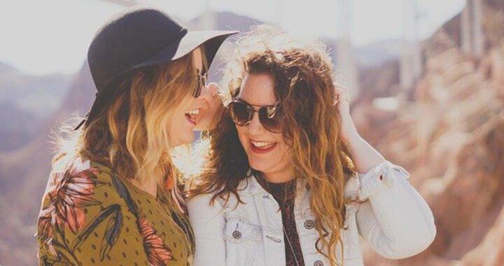 Esiste l'amicizia a prima vista, esattamente come l'amore?