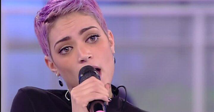 Elodie, la voce forte della musica al femminile: 5 curiosità su di lei