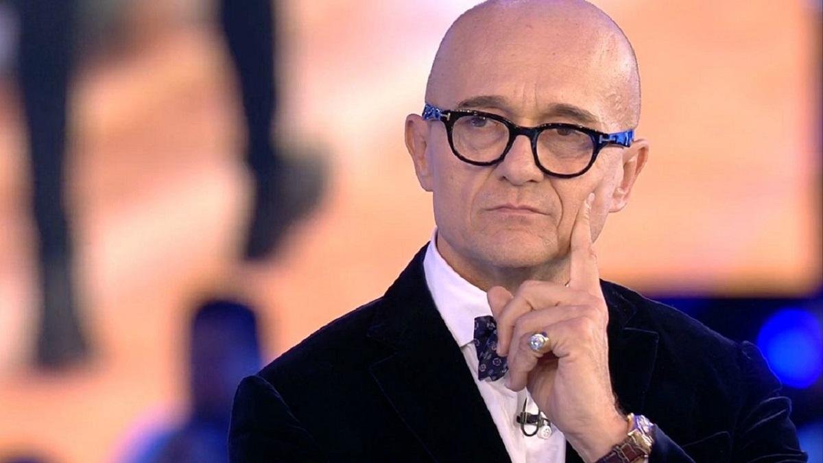 GF Vip Alfonso Signorini spiega perché non è intervenuto