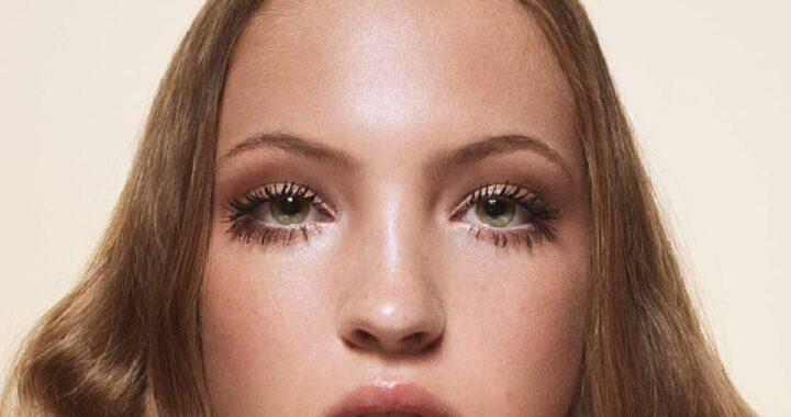 Lila Moss: la figlia di Kate Moss debutta nella Paris Fashion Week