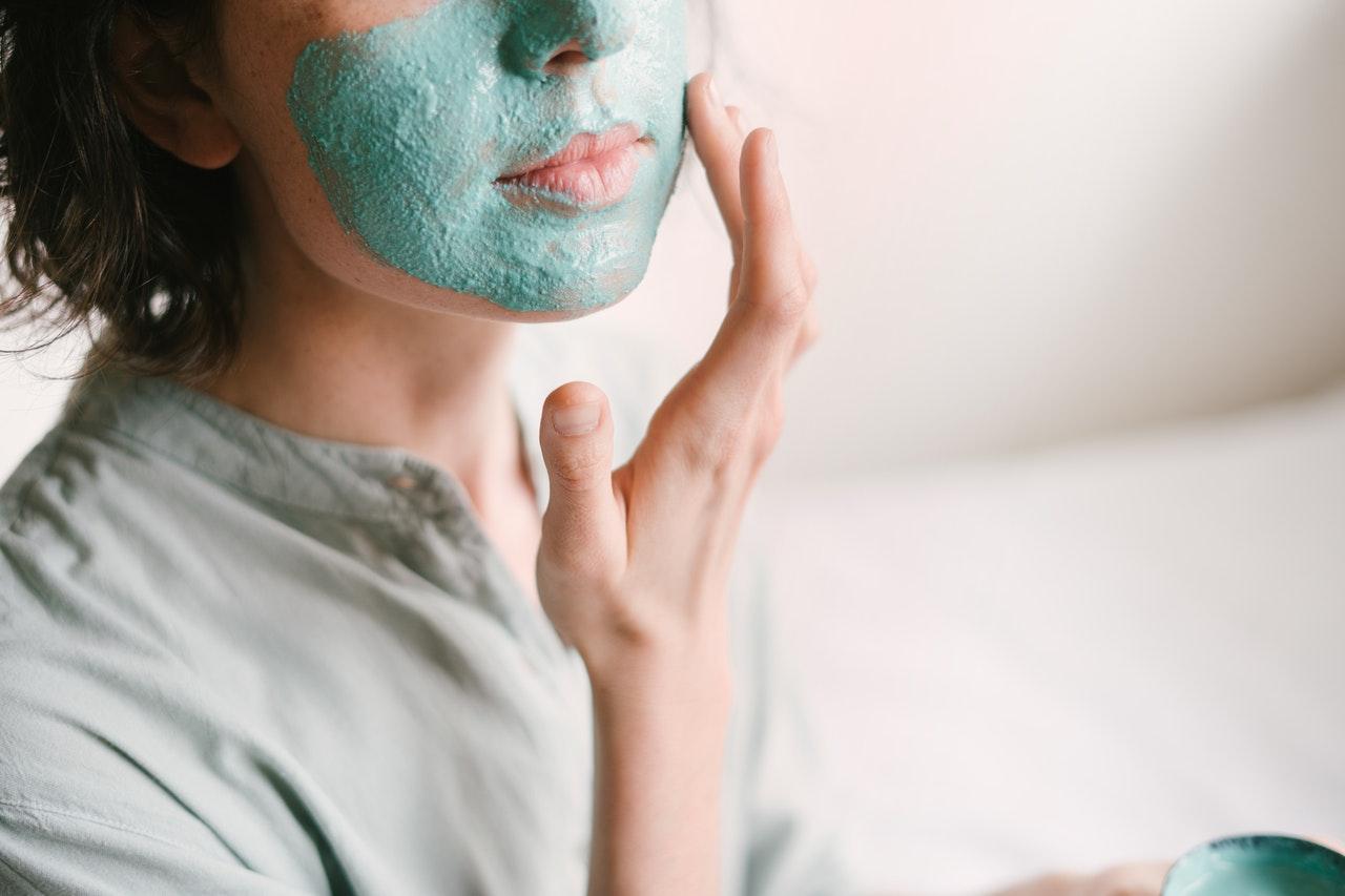 maschera-viso-brufoli
