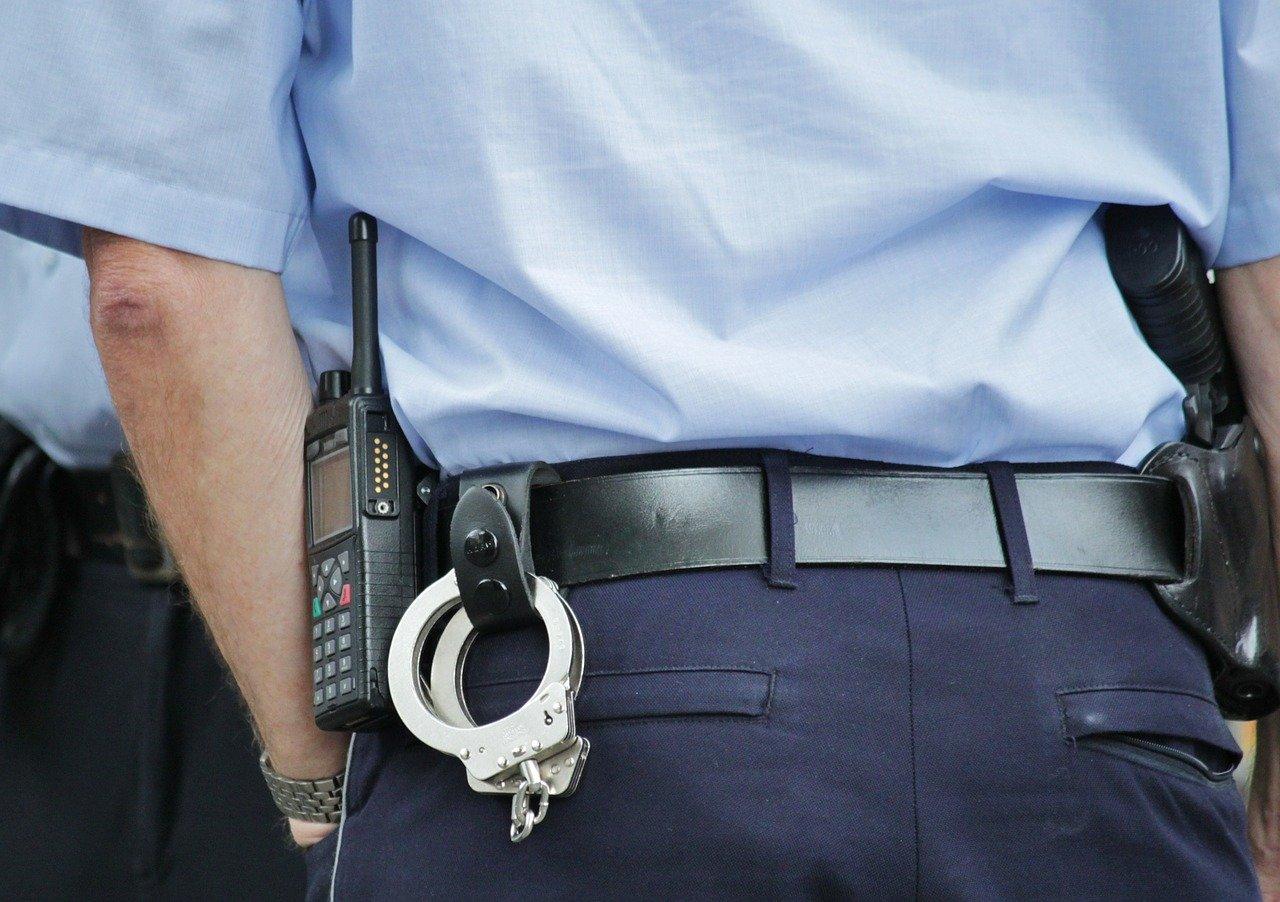 Polizia interviene durante una rapina
