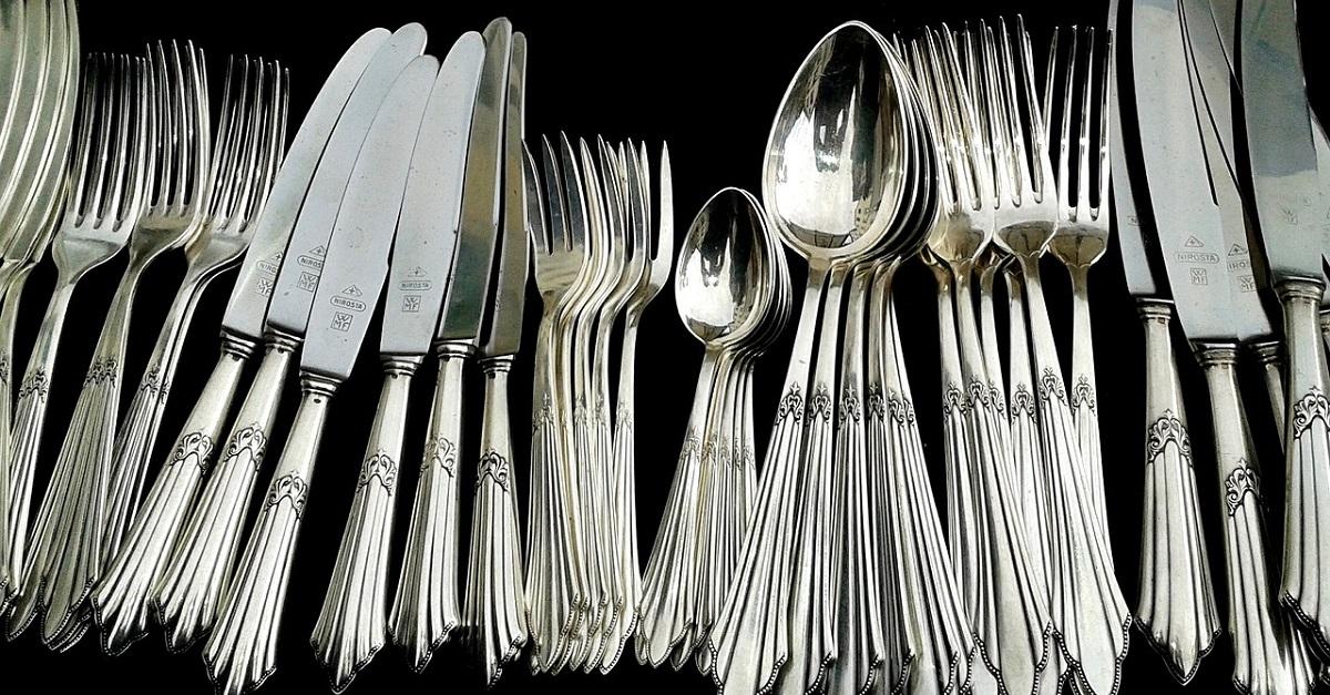 pulire l'argento annerito